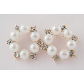 Little Lace: Pearl Circle Earrings