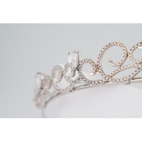 Little Lace Mary Tiara