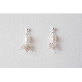 Little Lace Carla Davis White Pearl & Lace Leaves Earrings