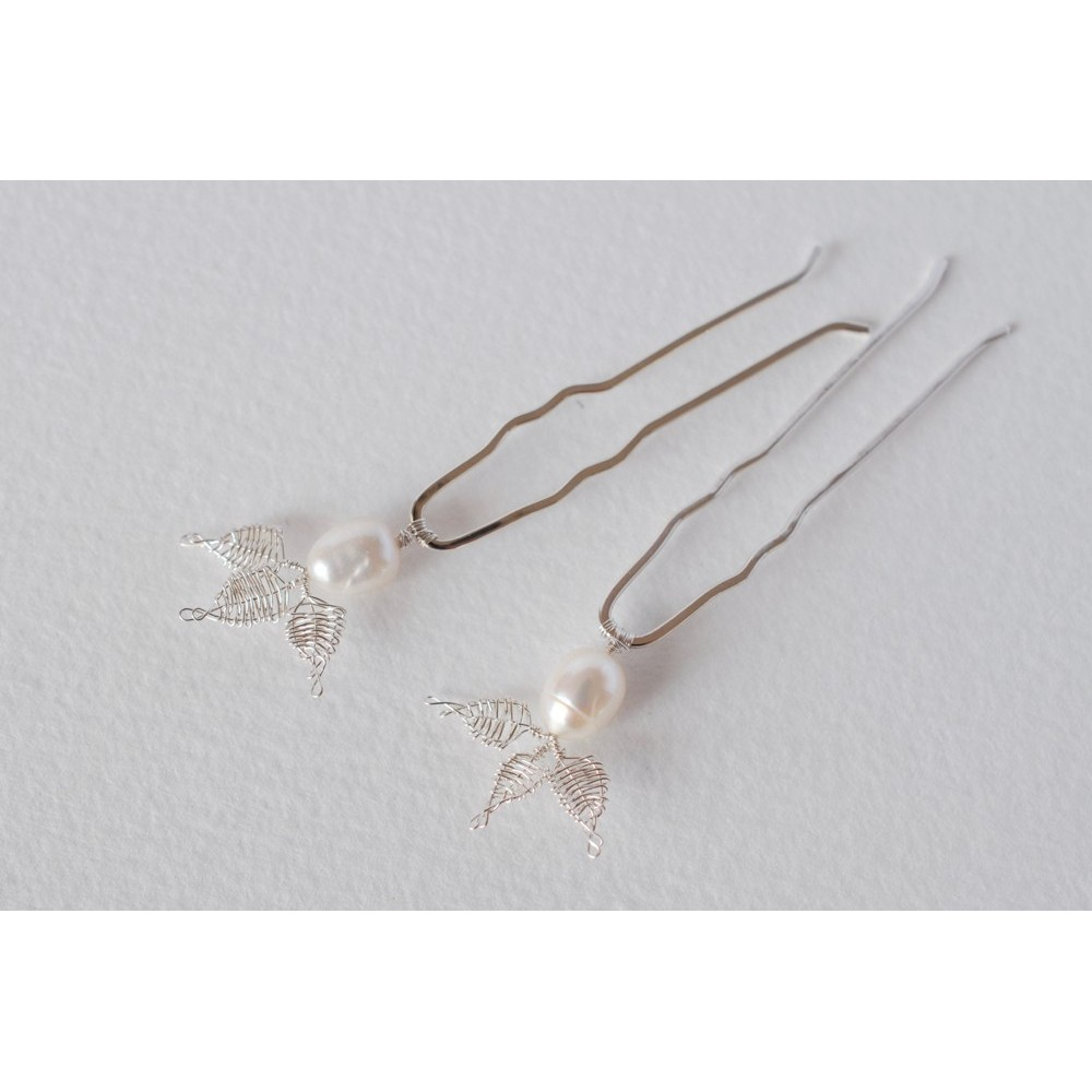 Little Lace Carla Davis Collection White Pearl & Lace Leaves Hair Pin