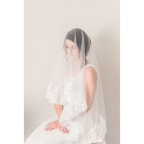 Little Lace Medium Length Veil